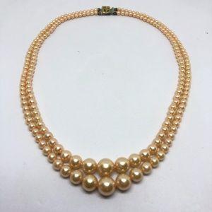 🆕Vintage Peach Faux Pearl Necklace